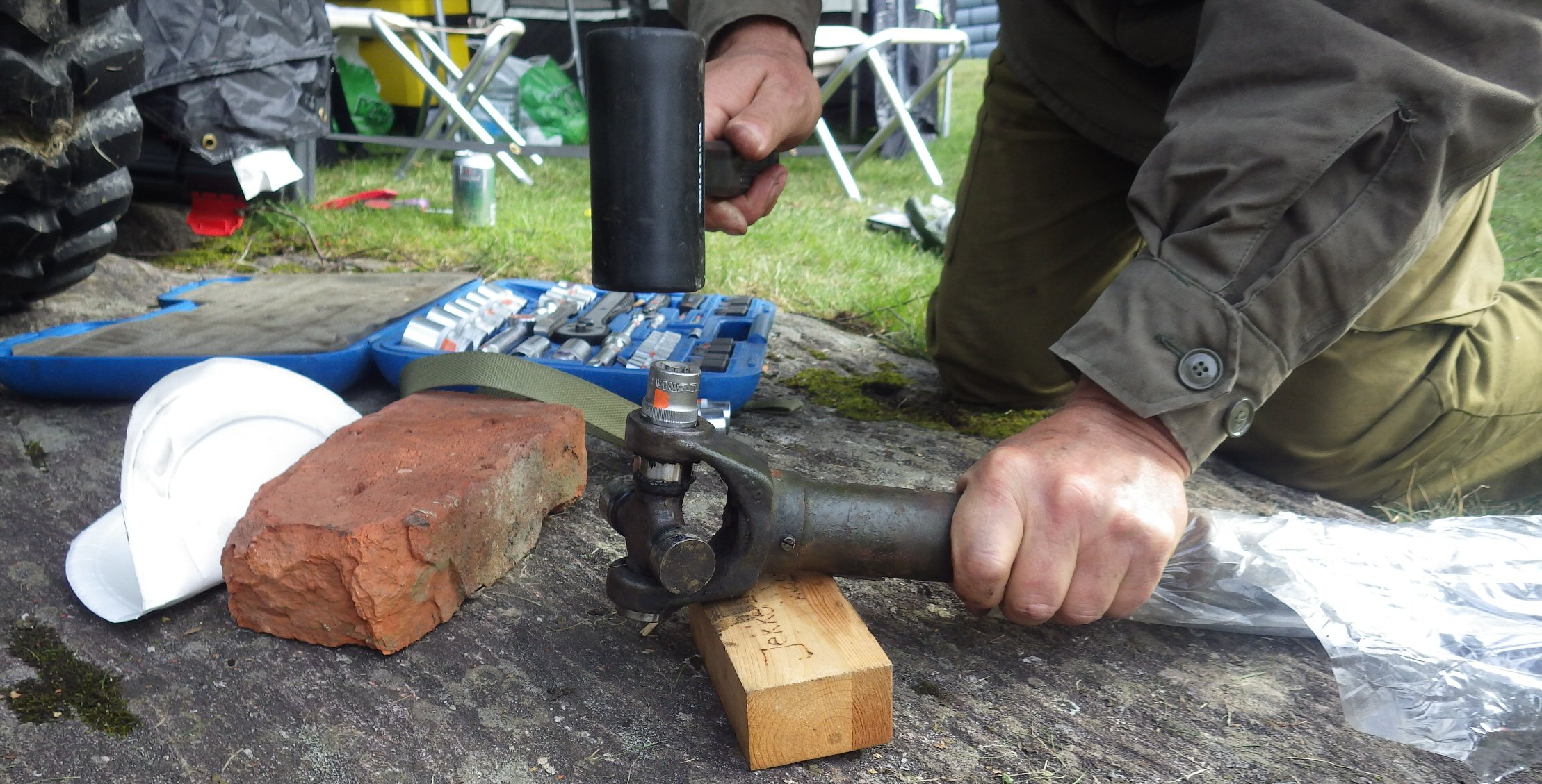 Removing the old universal joints